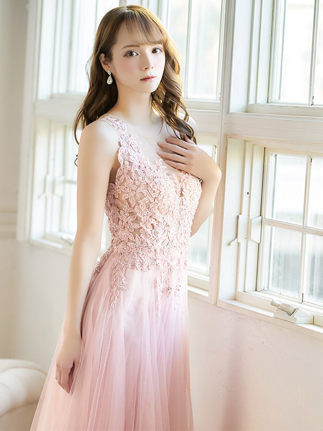 キャバ嬢天使かれんが着るLAロングドレス