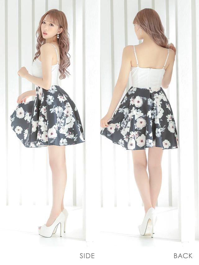 伊藤桃々ちゃんが着る新作キャバドレス